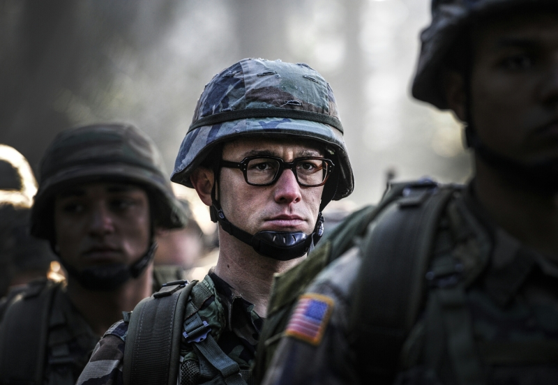 "In Academy Award®-winning director Oliver Stone's International thriller, ""SNOWDEN,"" witness Joseph Gordon-Levitt embody Edward Snowden. In this first look, before he was a whistle-blower, Edward was an ordinary man who unquestioningly served his country. ""SNOWDEN"" is currently shooting in Munich, before moving to locations around the world. Open Road Films will release ""SNOWDEN"" in the U.S. on December 25, 2015."