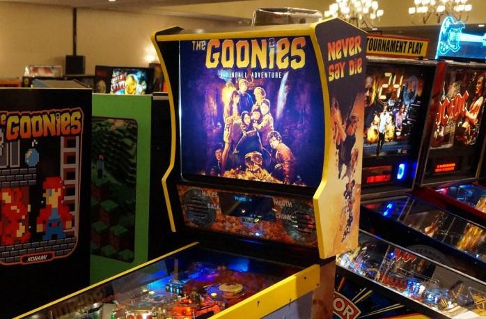 custom pinball machine