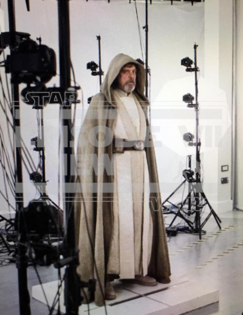 Luke The Force Awakens